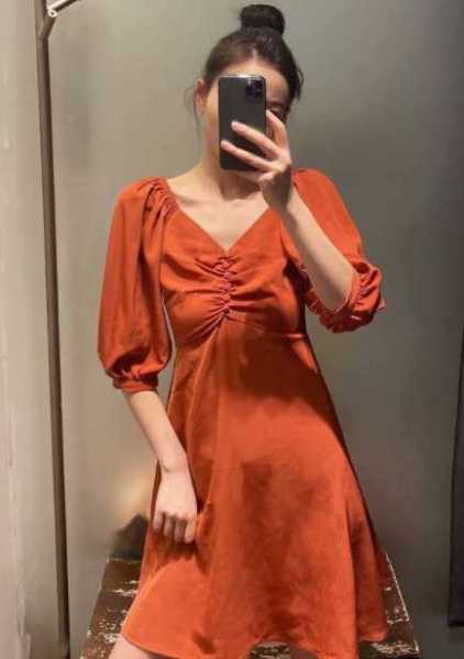 Sell wholesale quality dresses